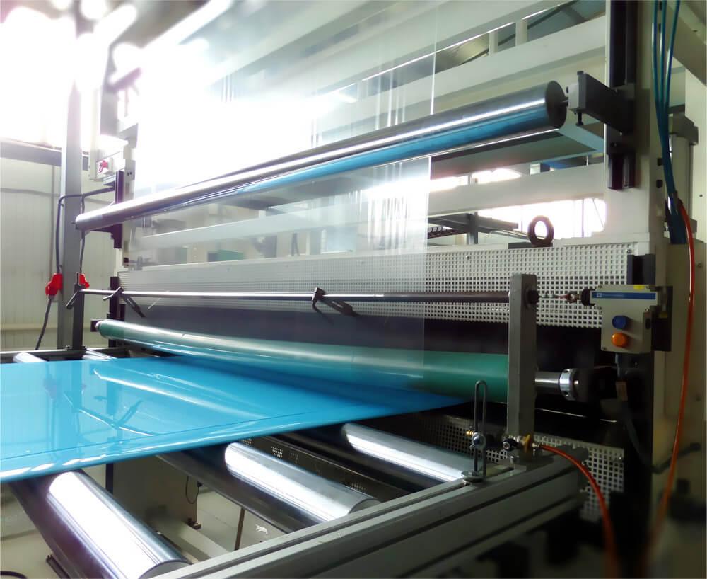 Листовой пластик производство